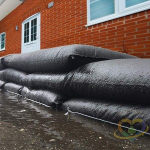 """Water Activated Flood Barrier Bags, Sand Bags 22"""" x 15"""" x 0.25"""", 10/PK - 1"""