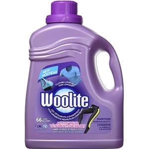 RECKITT & BENCKISER, Woolite Laundry Detergent, ActiveWear Hypoallergenic 66Lds, 4/2.96L [CB769849], Price Per Case