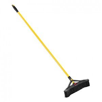 """Maximizer Push to Centre Broom 18"""" Fine Bristle - Gray, 6/EA"""